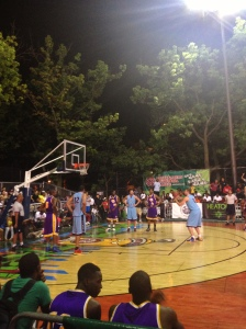 Golden State Warrior David Lee lines up a foul shot at Rucker Park.