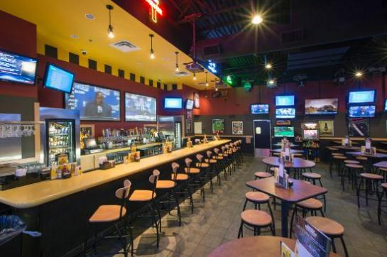 Buffalo-Wild-Wings-Bar