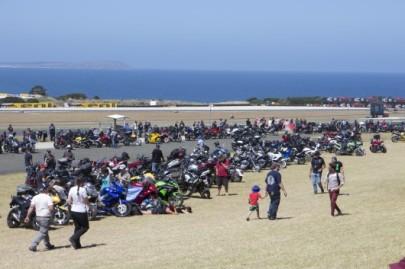 2014_world_superbike_championships_round_1_phillip_island-981